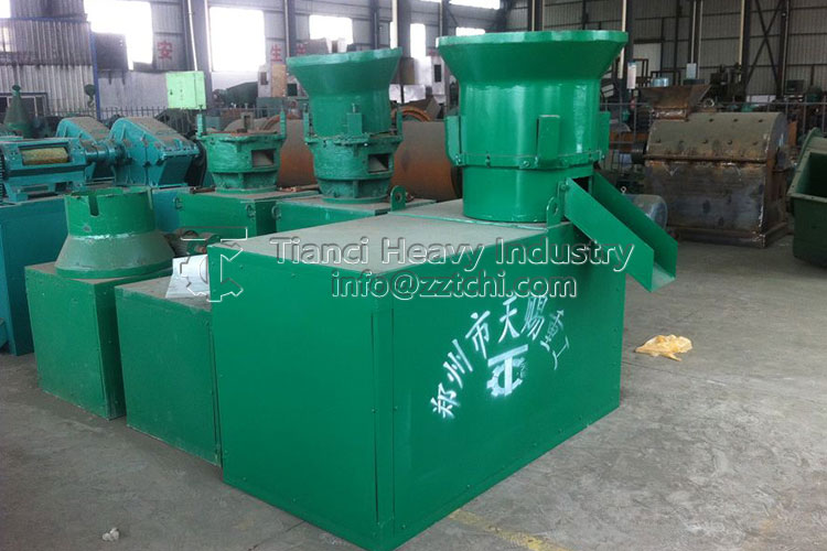 Efficient organic fertilizer flat die granulator